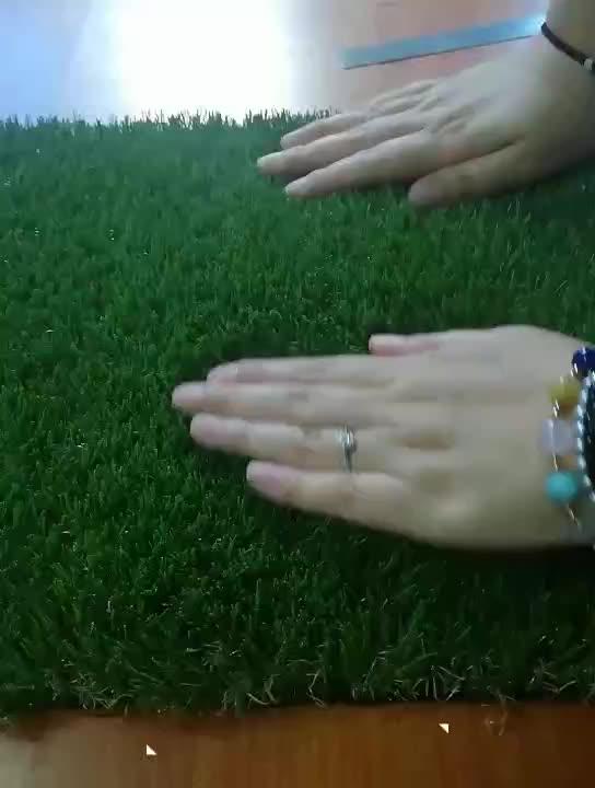 D Shaped Artificial Garden Grass of Well Standing up