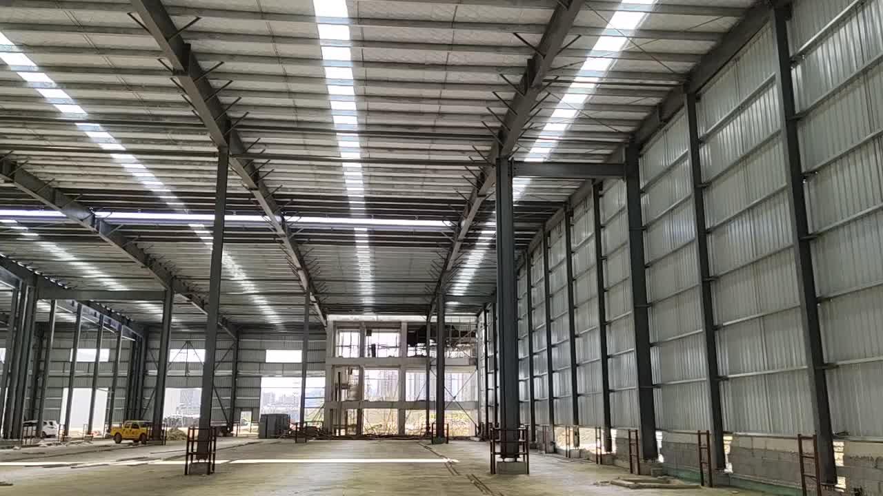 Hızlı inşa özelleştirilmiş küçük uzay çerçevesi prefabrik hafif çelik yapı depo Hangar