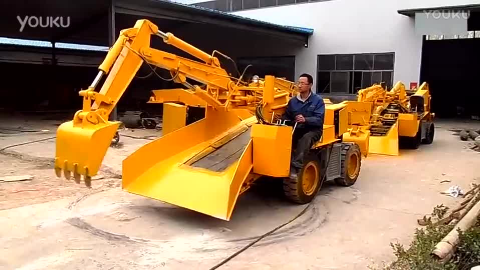 Mining tunnel mucking breaker crawler mucking loader