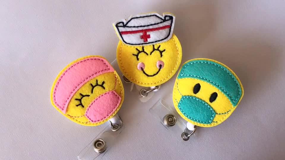 Pediatrica carino emoji set di 6 malato smiley Id del supporto di carta a scomparsa personale di feltro titolare del nome distintivo per l'ospedale