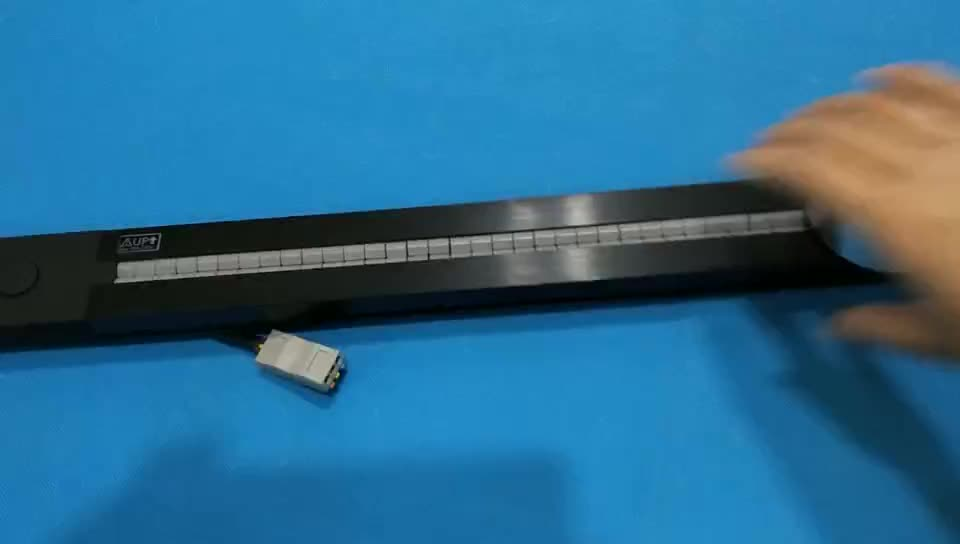 The second generation Integrated Power and Data Solution with GSS System electrical Power socket Track with typc usb adapter
