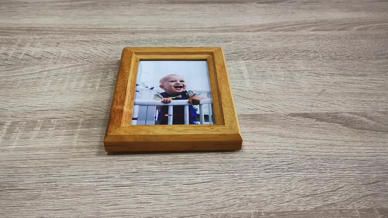 16x20 12x18 Shadow Box Hinged Double Sided Deep Baby Handprint and Footprint Folding Cheap Movabl Photo Picture Frame