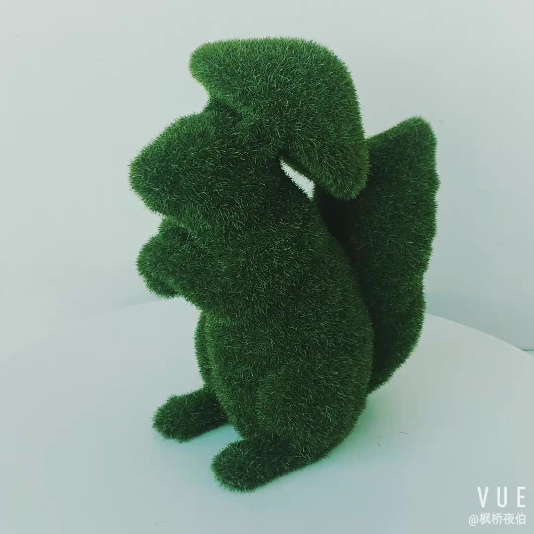 Wholesales Animal Statue Resin Garden Green Moss Sitting Squirrel Statue  with Mushroom Spring  Figure