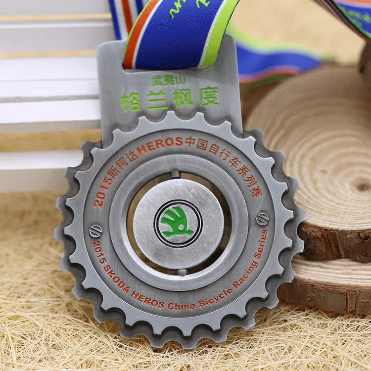 Free design cheap custom die casting soft enamel metal sports cycling medal