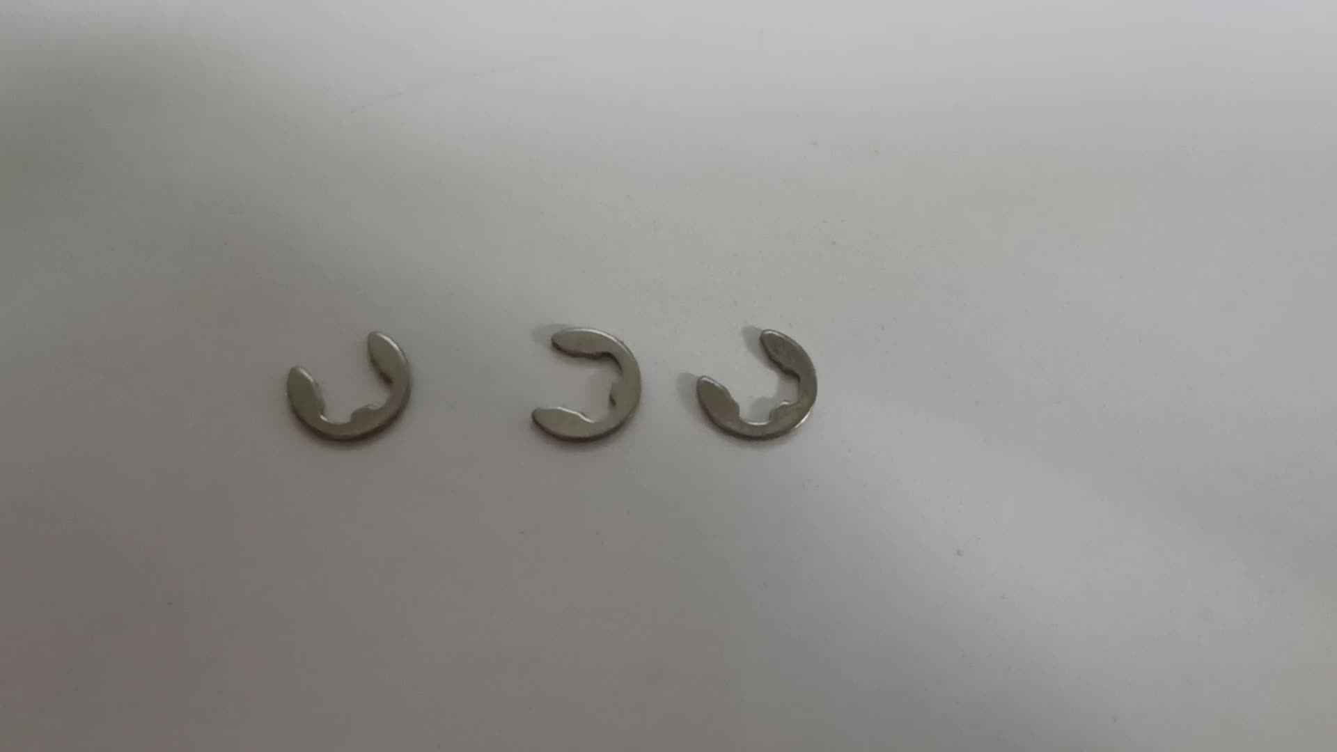 E circlip Black Oxide carbon steel DIN6799 lock washer Retaining Washers For Shafts