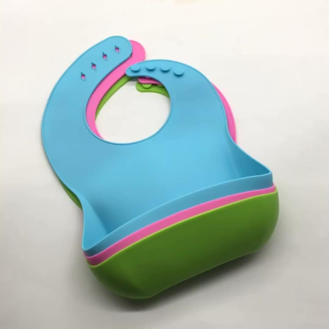 Custom FDA Food Grade  Easy Roll Up Water Proof Soft Baby Feeding Silicone Bib With Crumb Catcher