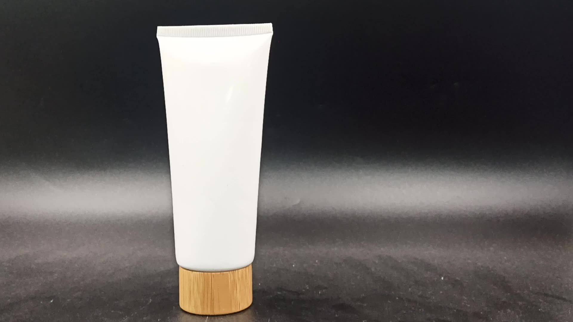 fast delivery Hot selling  Aluminum/Plastic empty cream tube cosmetic packaging with bamboo cap