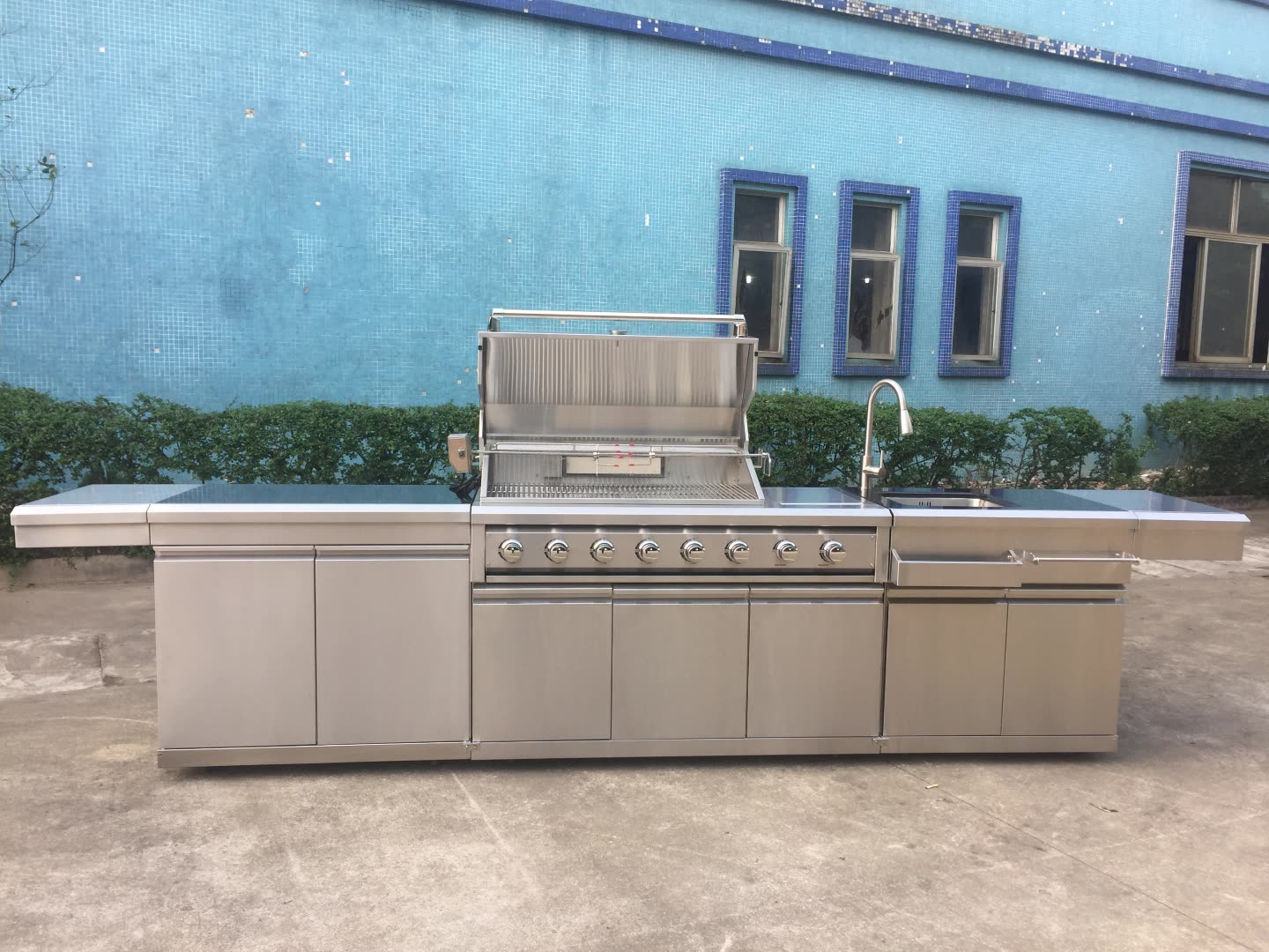 Cheap modern bbq cabinet barbecue gas grill outdoor bbq kitchens islands made in China