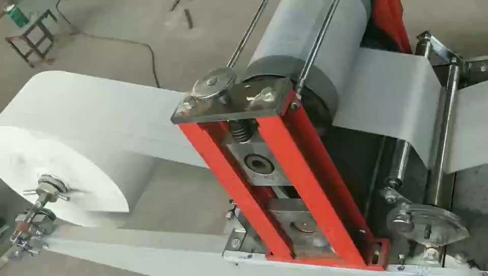 مريلة طبيب الأسنان قابل للتخلص وسادة قابلة للطي منديل الطبية ماكينة صنع الورق