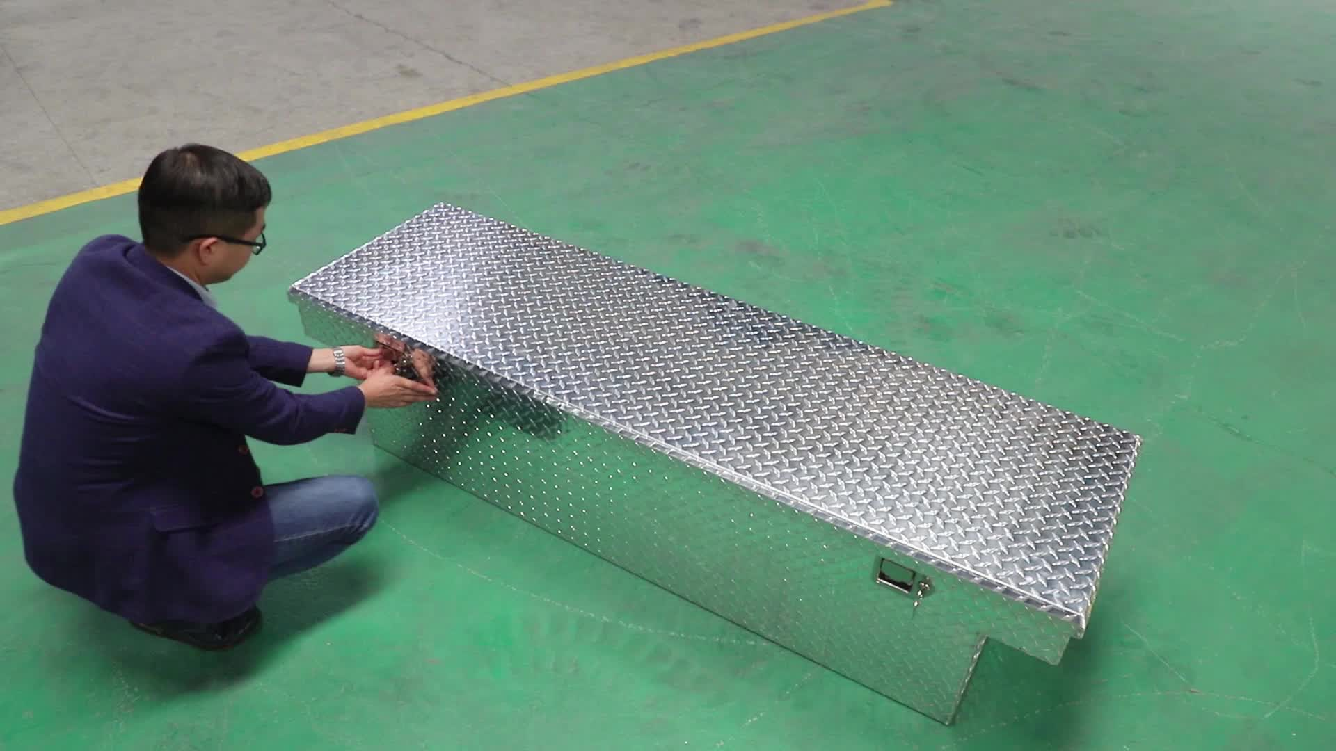 "72"" US general aluminum crossover pickup bed tool box"