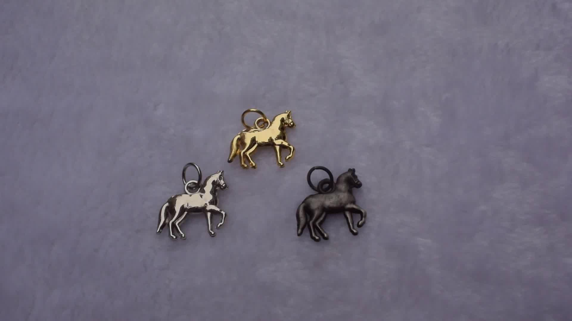 3D Design Mini horse Shape charm Gold Silver Brass Metal horse Jewelry Tags For Bracelets Necklaces
