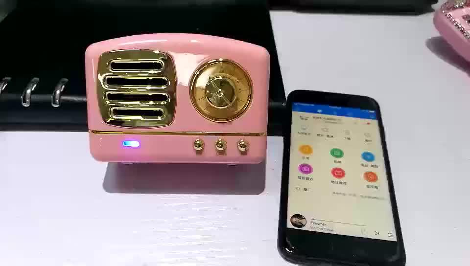 Yüksek ses kalitesi Retro Tarzı TV Şekli FM radyo mini açık taşınabilir kablosuz bluetooth hoparlör ile TF kart/handsfree çağrı