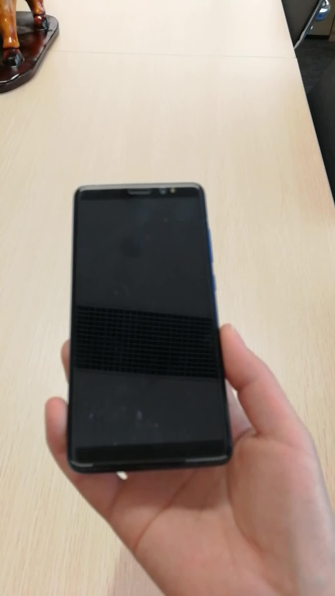 Personalizzato il proprio marchio del telefono 4g android del telefono mobile quad core supporto bluetooth/GPRS