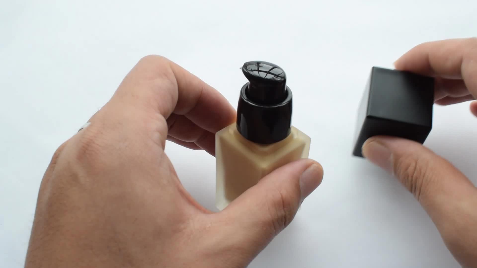 DHL LIVRE 24 Horas à prova d' água compõem garrafa quadrada aceitar private label maquiagem líquido fundação