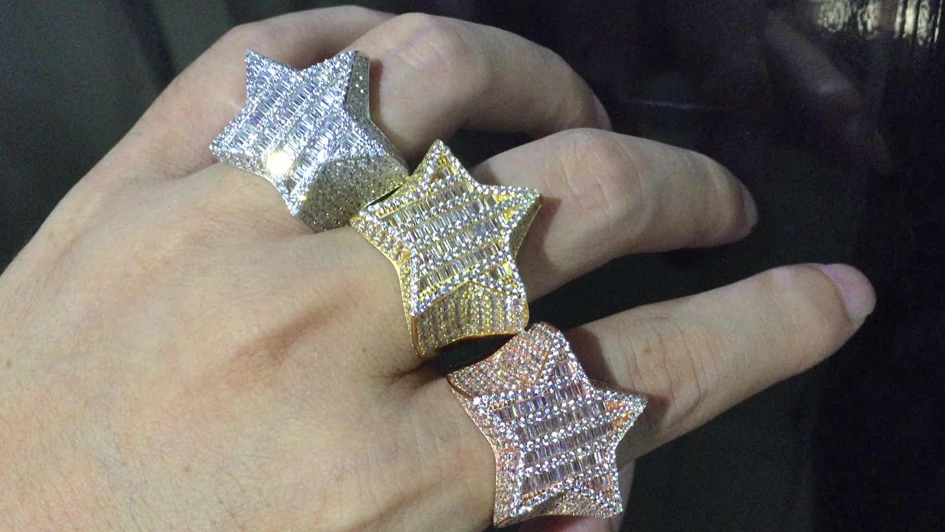 Degli uomini di 3D STELLA Baguette Diamante Mignolo ANELLO 14 k Oro GHIACCIATO FUORI