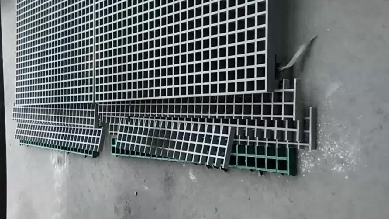In fibra di vetro di scarico griglia di copertura in fibra di vetro checker pavimento piatto grata in fibra di vetro autolavaggio grata