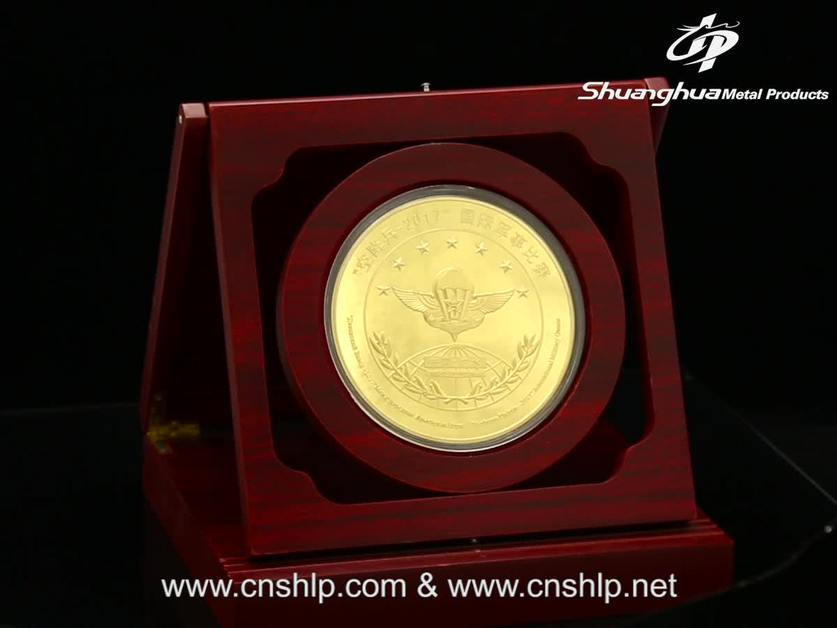 Shuanghua custom zinc alloy high quality gold challenge coin with mirror finished