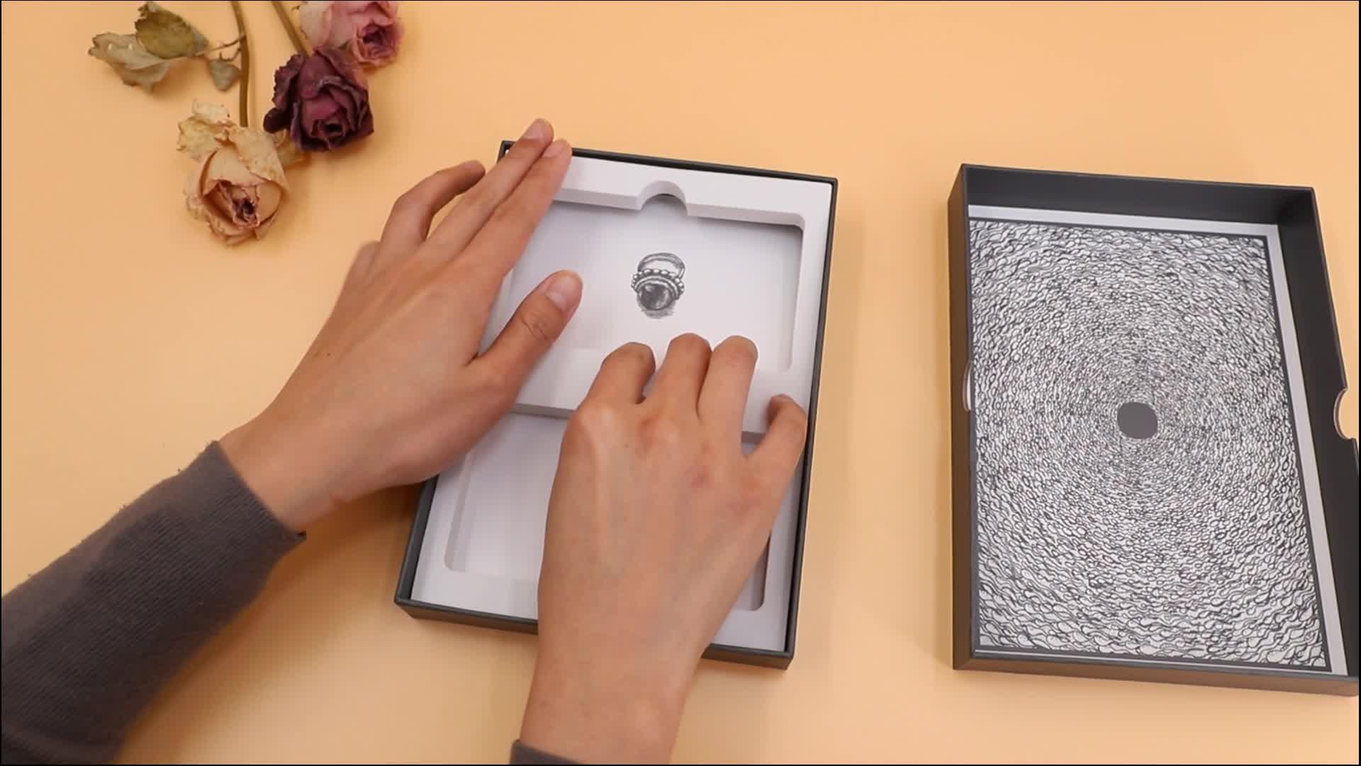 Custom Tarot Cards Decks With Gold Foil Edges