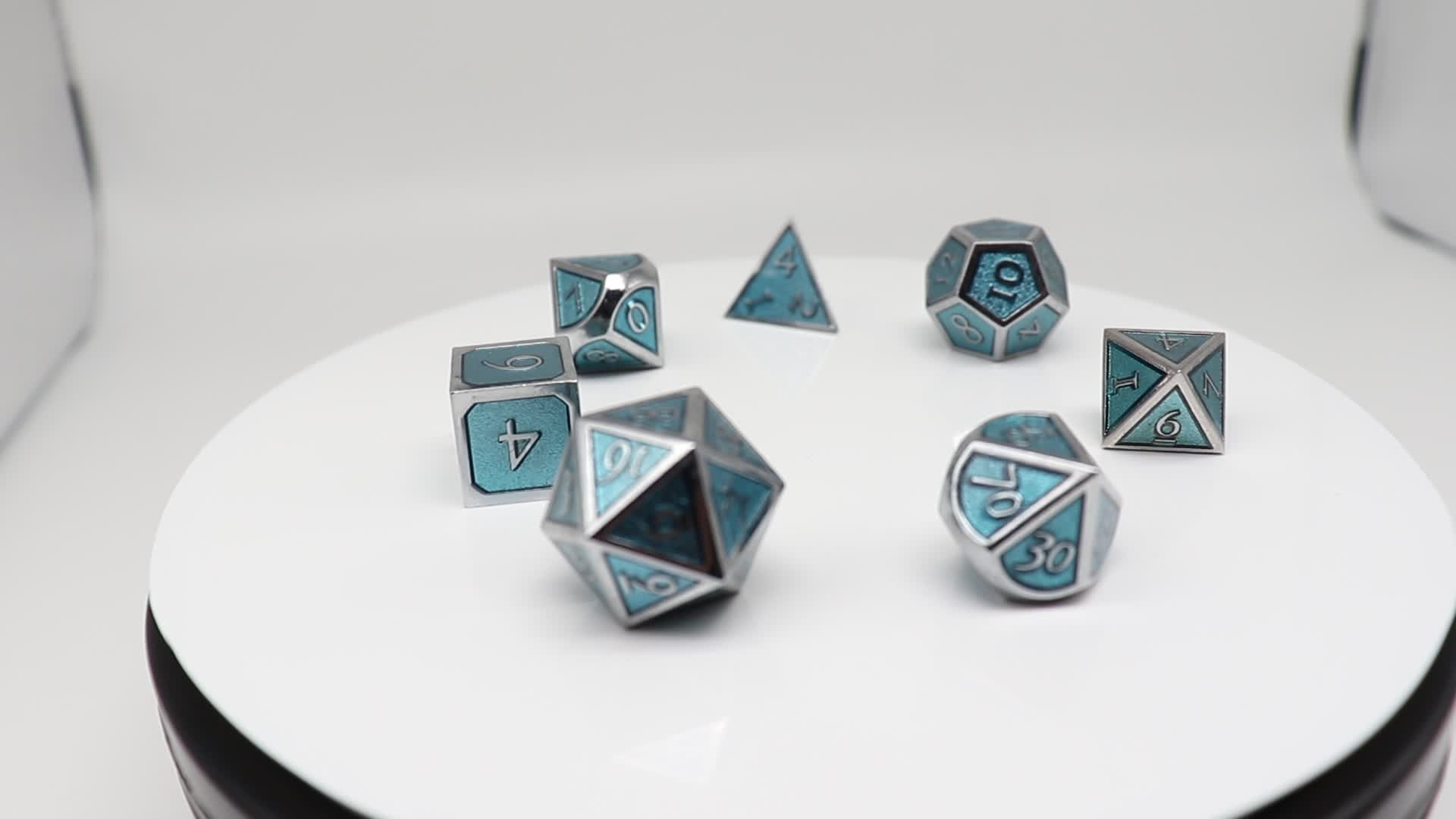 Wholesale Promotional Custom Bulk Mini Engraved Metal Colorful Gold Silver Bronze Polyhedral Dice