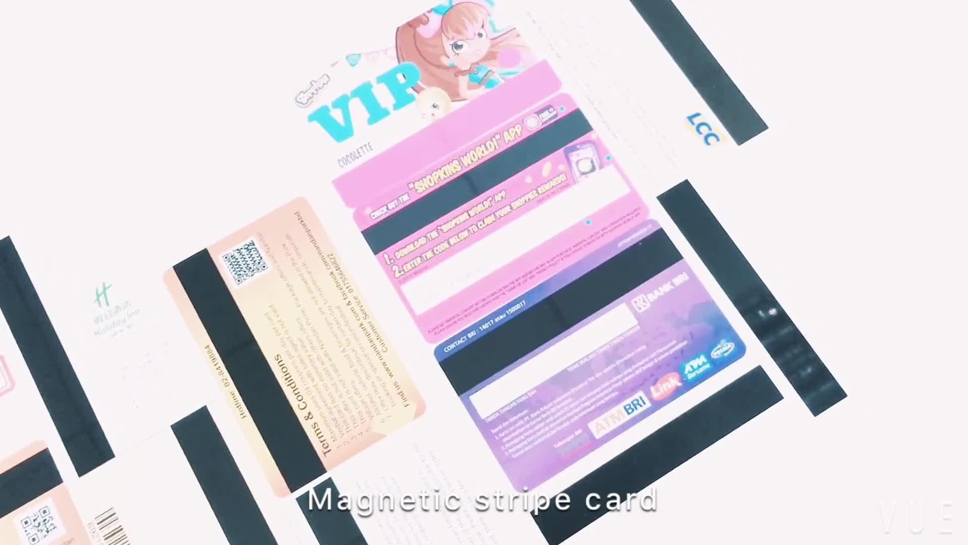 Fonte da fábrica amostra grátis CR80 cartão de presente personalizado de plástico com tarja magnética