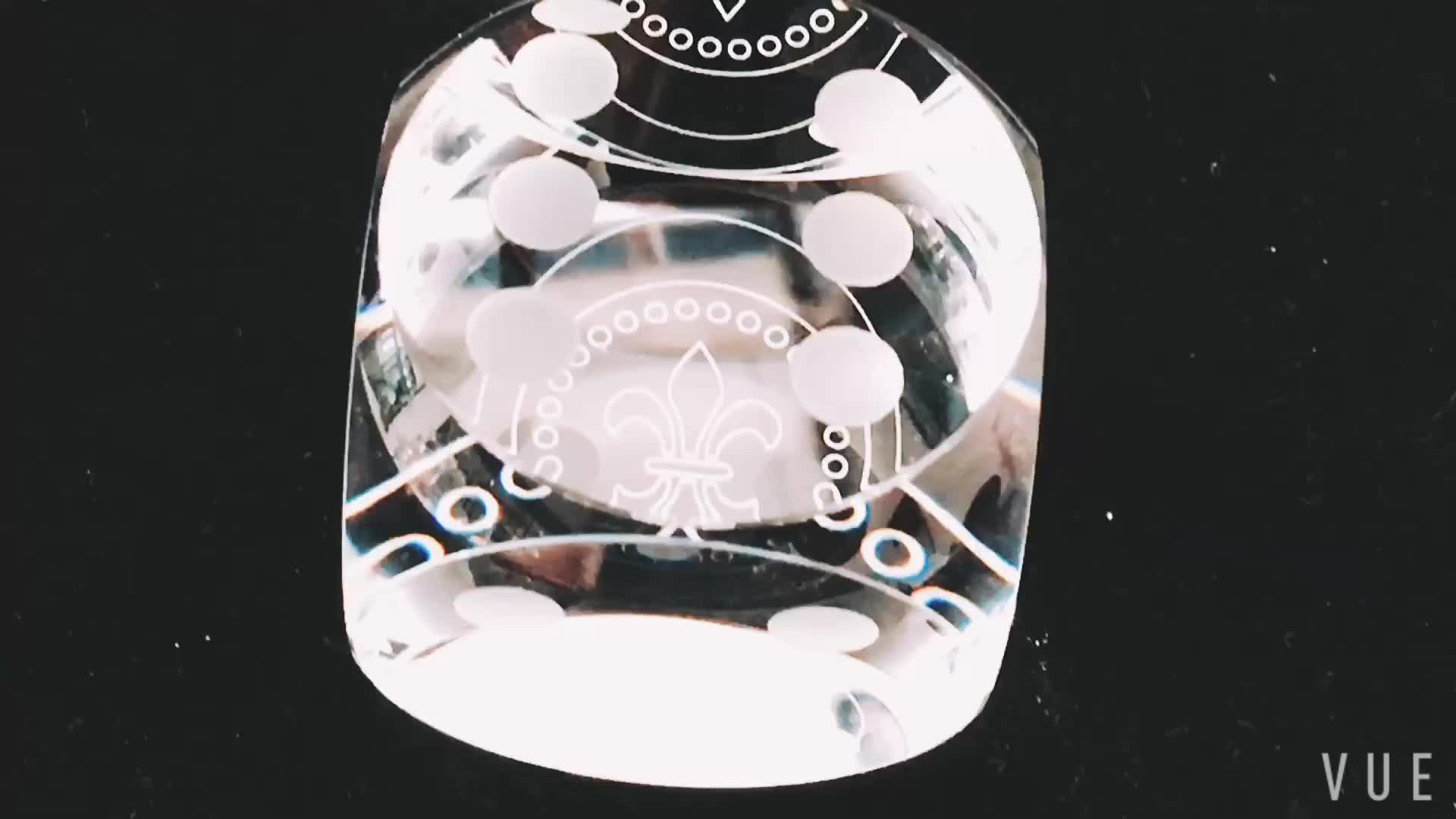 The French royal crystal glass dice for decorations