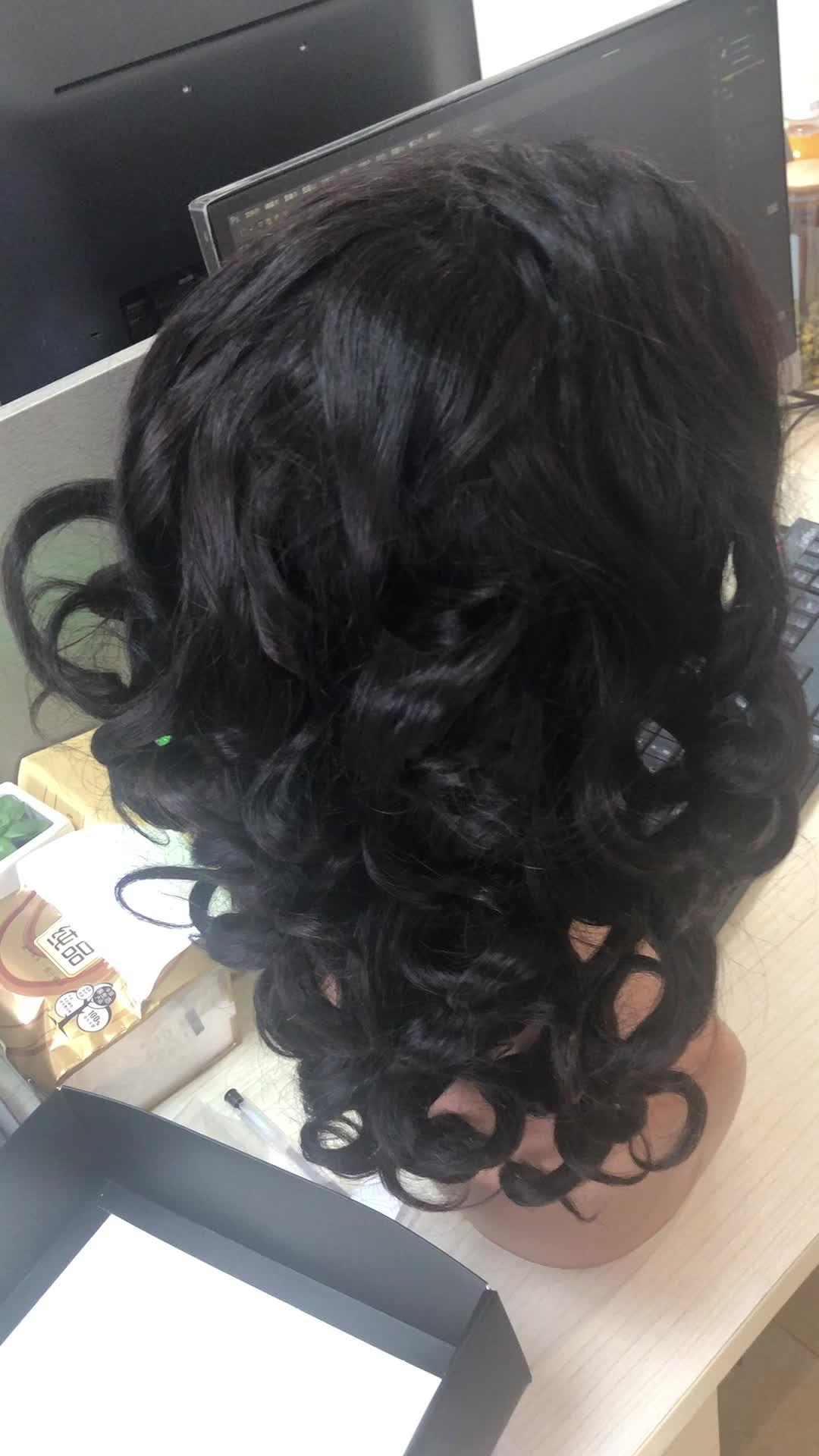 En gros 150% densité brésilienne pleine d'entrain bouclés perruques de cheveux humains 13x4 Lace Front Funmi perruque de cheveux pour les femmes noires