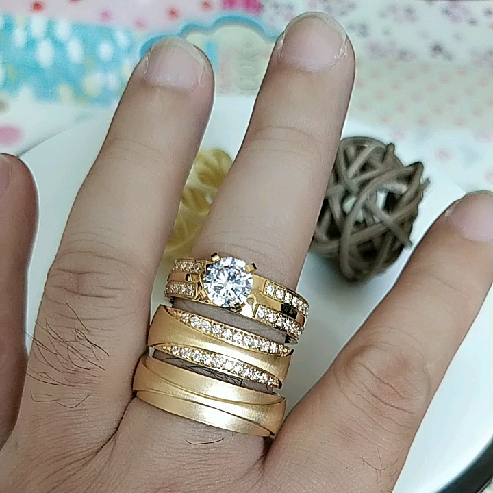 Alliance anelli anel oro placcato in acciaio inox anelli gioielli delle donne, coppia di fidanzamento anello di diamanti, anelli di cerimonia nuziale di Vendita Calda