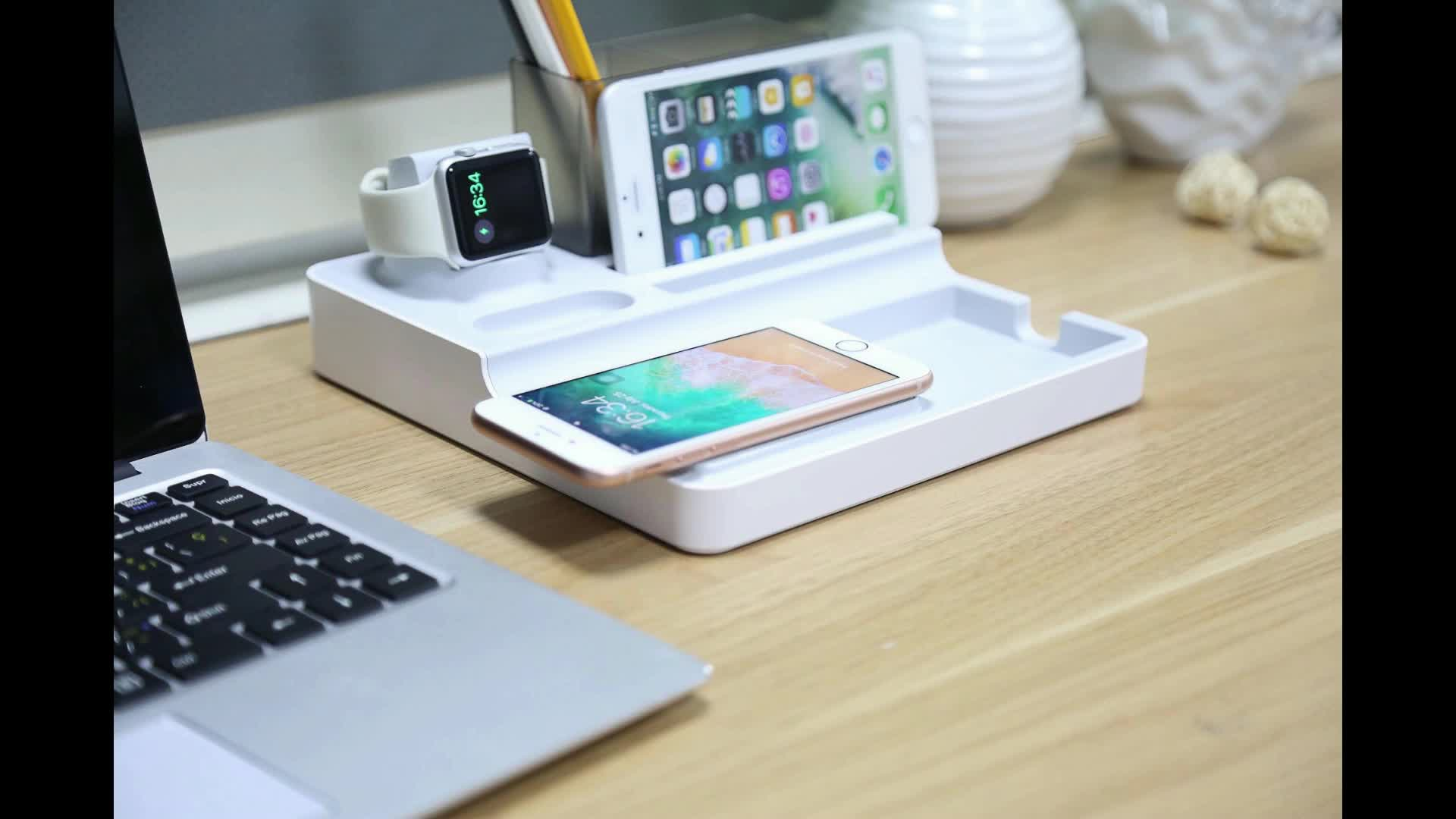multi function wireless charging station for playstation 4 wireless charger for Air Pods PD 18W charger for iPhone