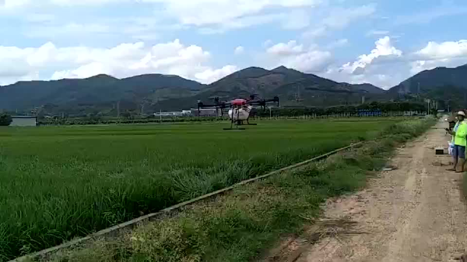 China Factory 10L Capacity 4 Axis Agriculture Drone for Crop Sprayer Aircraft