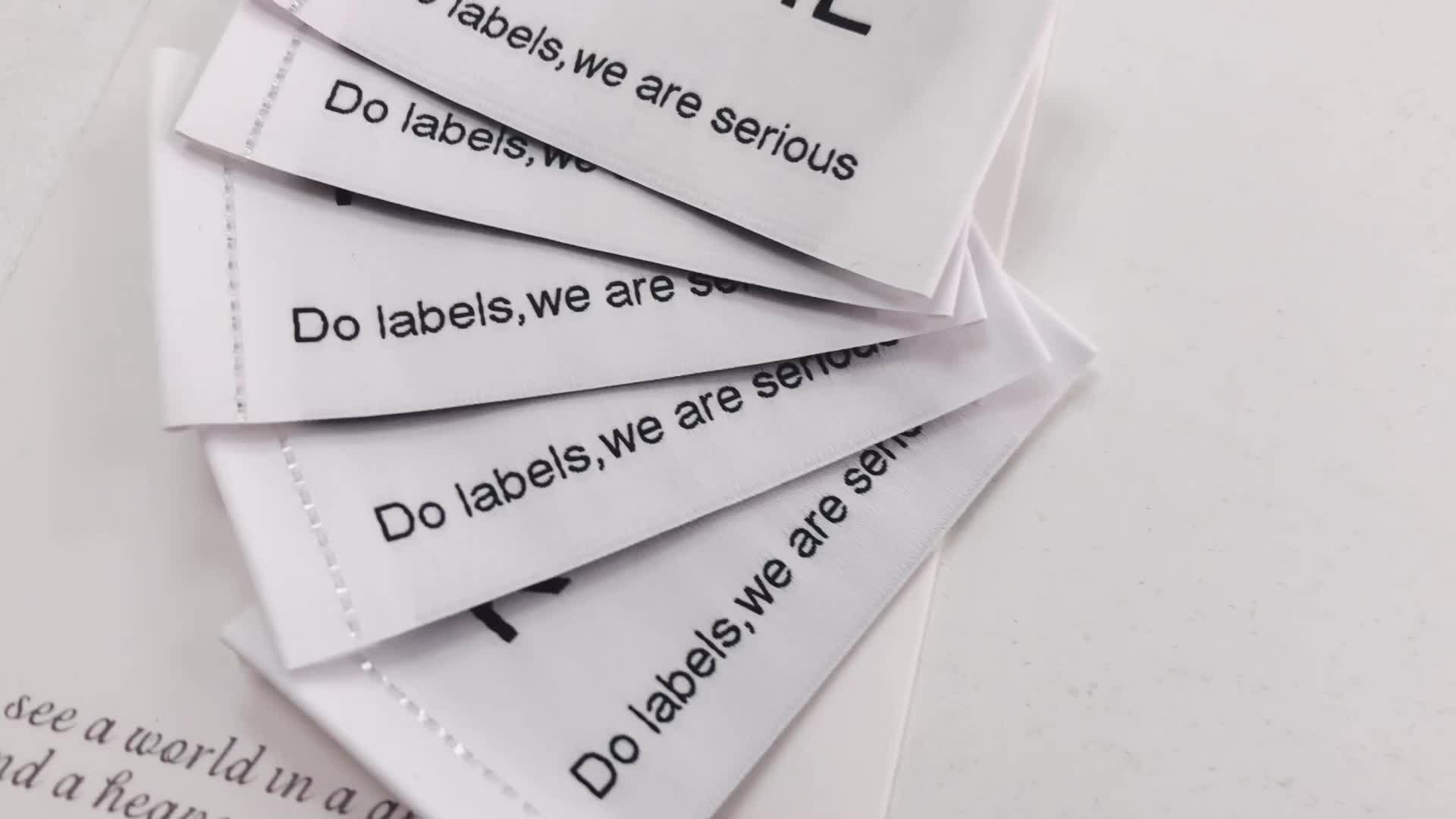 """ NO MOQ"" 2019 Newest Anti-fake private woven clothing labels maker with cheaper price."