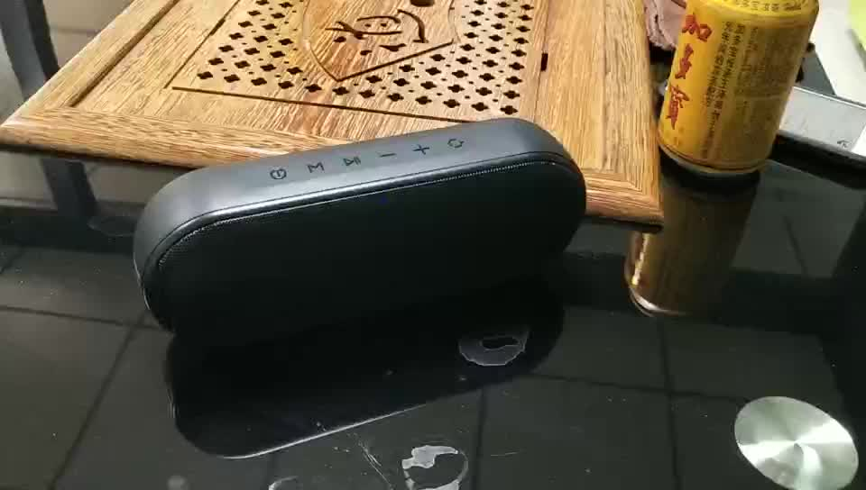 New 2019 Trending Product Ultra Waterproof Bluetooth Speakers Portable wireless