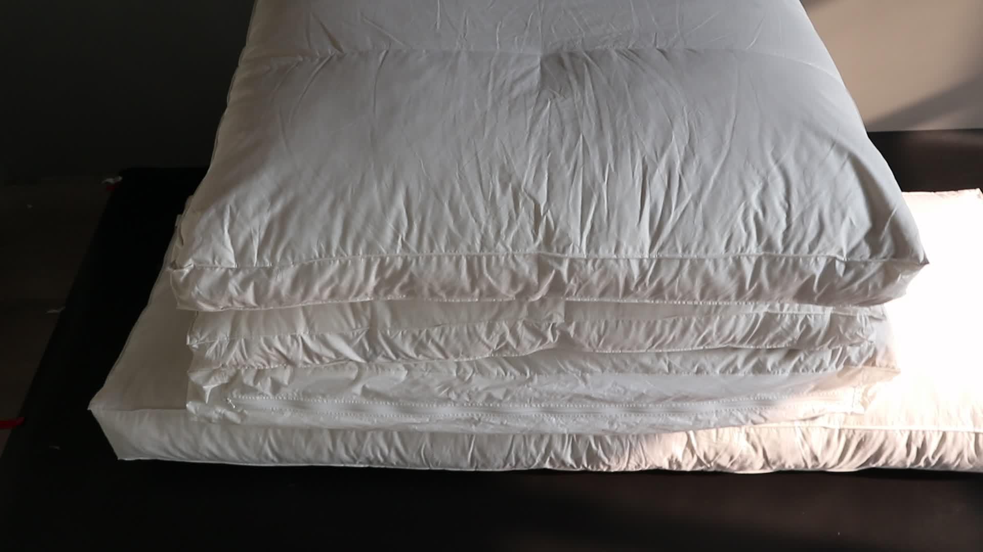 Rimbalzo traspirante 2-4 CM grigio piuma d'oca riempito cuscino per divano