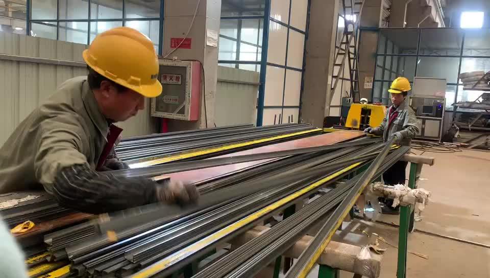 Изготовленный на заказ дизайн анодированный балкон алюминиевый забор