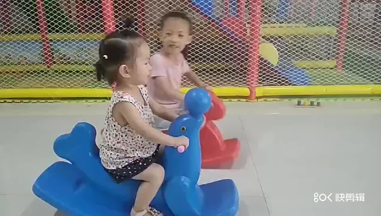 Lucu TK Bayi Naik Mainan Plastik Hewan Kuda Goyang Mainan Naik