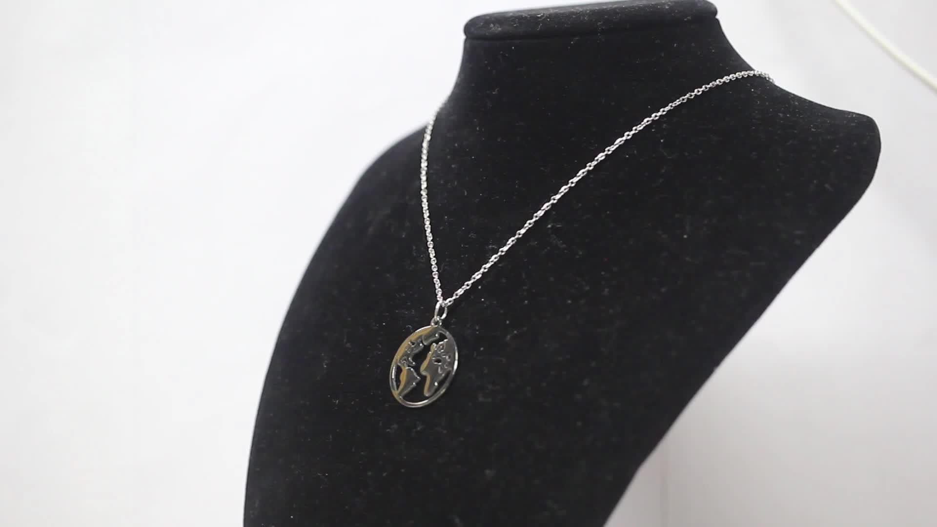 Acero inoxidable 18k oro joyería mapa del mundo oro círculo colgante collar personalizado