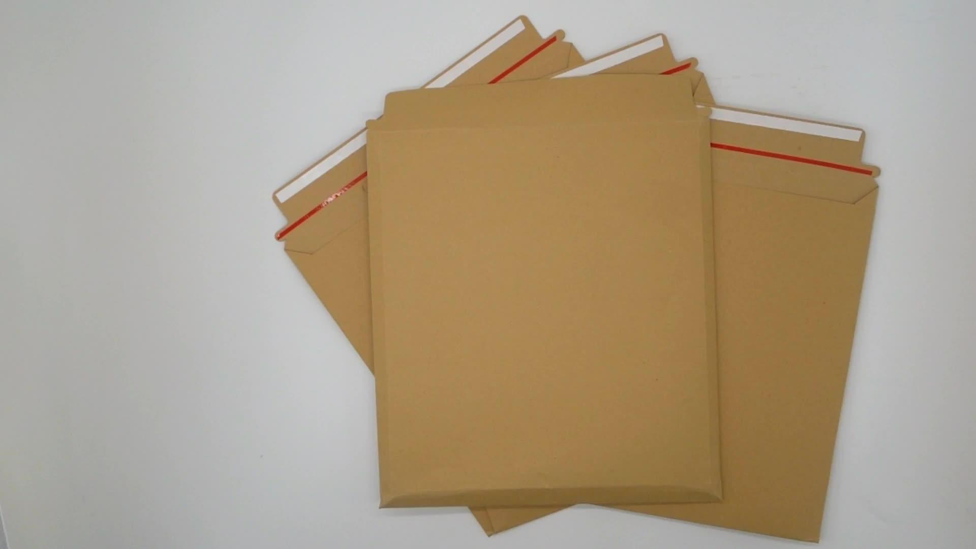 Foto rígida Envelopes Reciclados Mailer Envelope Envelopes De Papelão Duro Ficar Plana