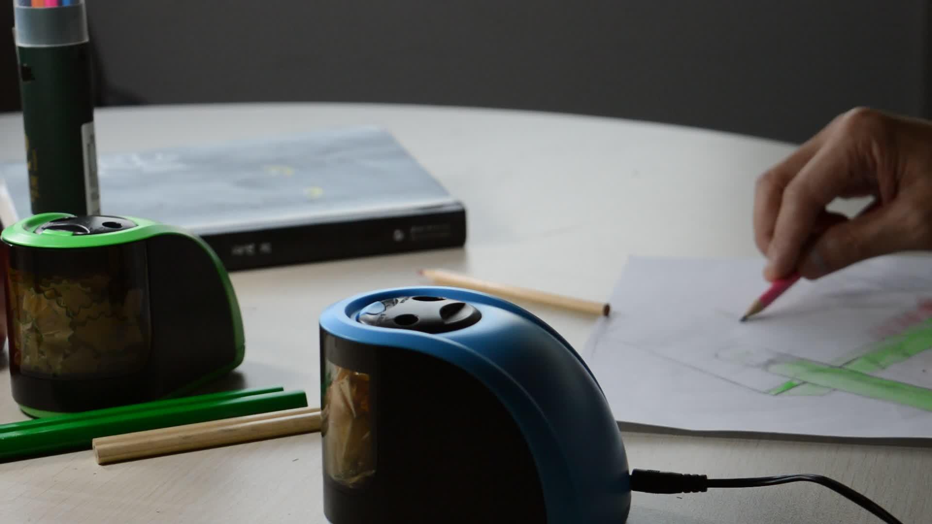 Divertente automatico aula colorato buona matita temperamatite elettrico