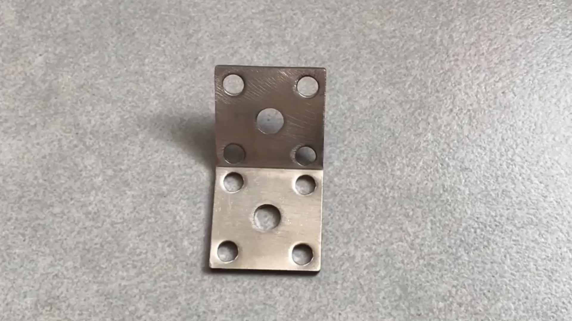 उच्च गुणवत्ता Oem कस्टम स्टेनलेस स्टील यू के आकार का धातु शेल्फ ब्रैकेट