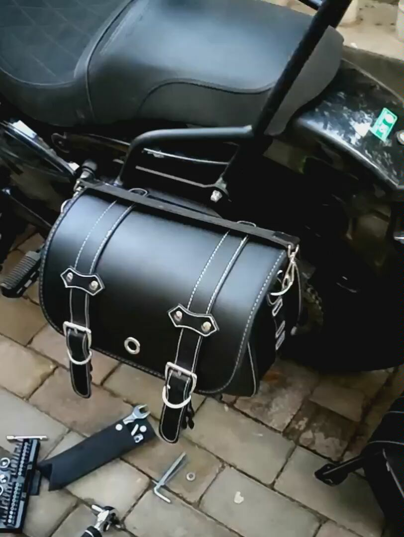 Qingqi GV300S modification and installation of quick-release locomotive side bag leather vintage box with bracket can be selected left and right