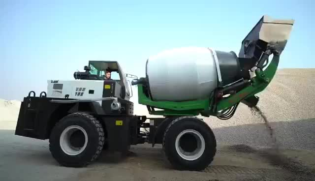 Automatic self loading concrete cement mixer with pump for sale with cheap price