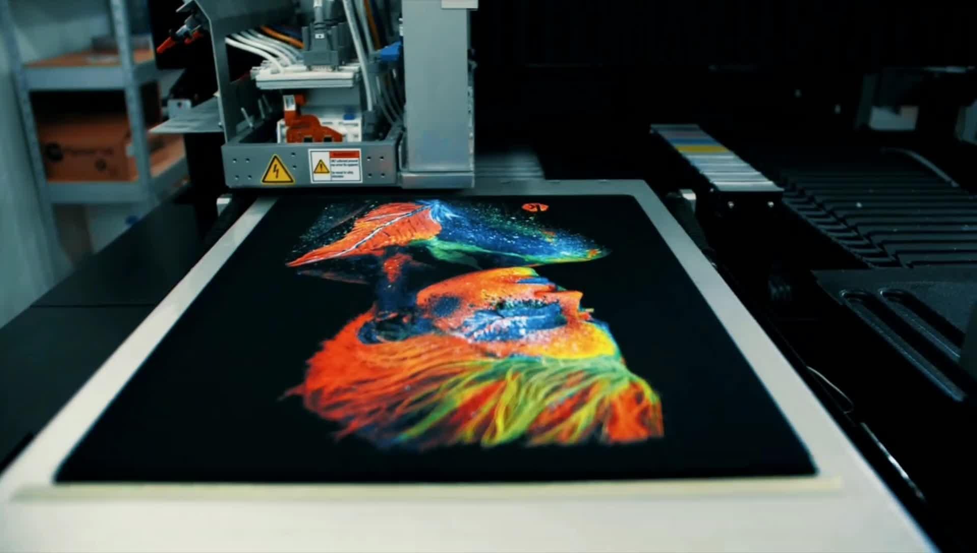 الرجل الأسود تي شيرت بسيط الشعار الخاص بك جرافيك تصميم النص طباعة تي شيرتات رائع 100% القطن بلايز مخصص تي شيرت الطباعة