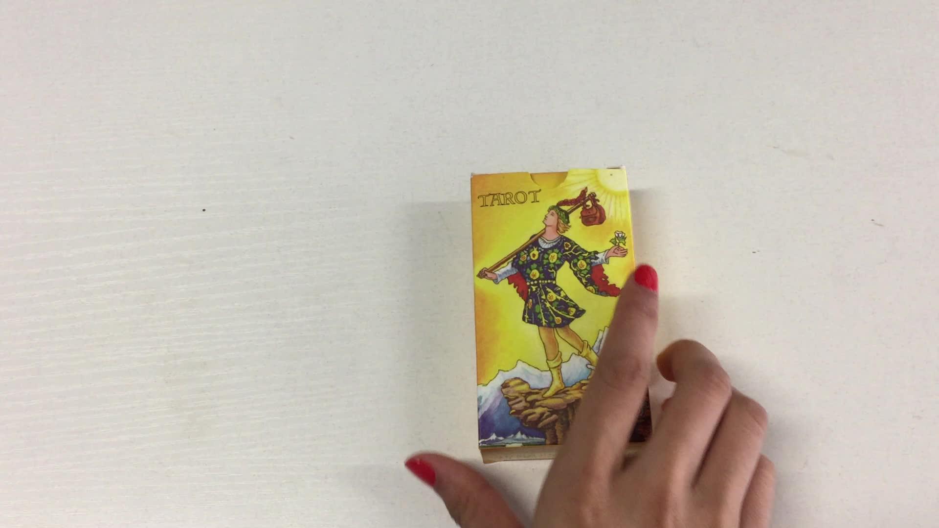 Tarot-Spielkarten mit individuell bedruckten Papierkassetten