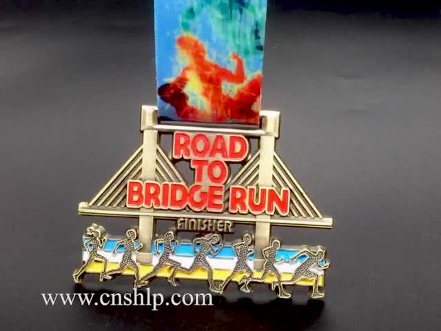 Custom 3D logo zinc alloy metal sports medal medallion with lanyard