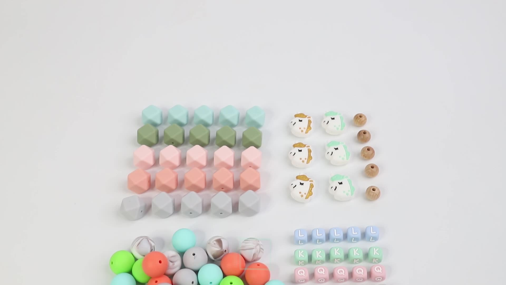 Fashion and environmentally friendly silicone beads