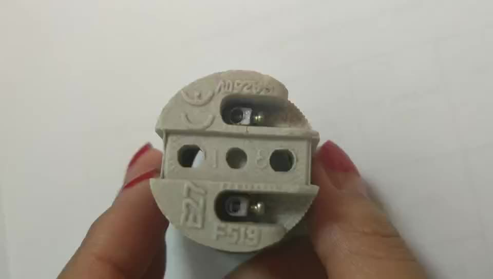 E27 porselein socket