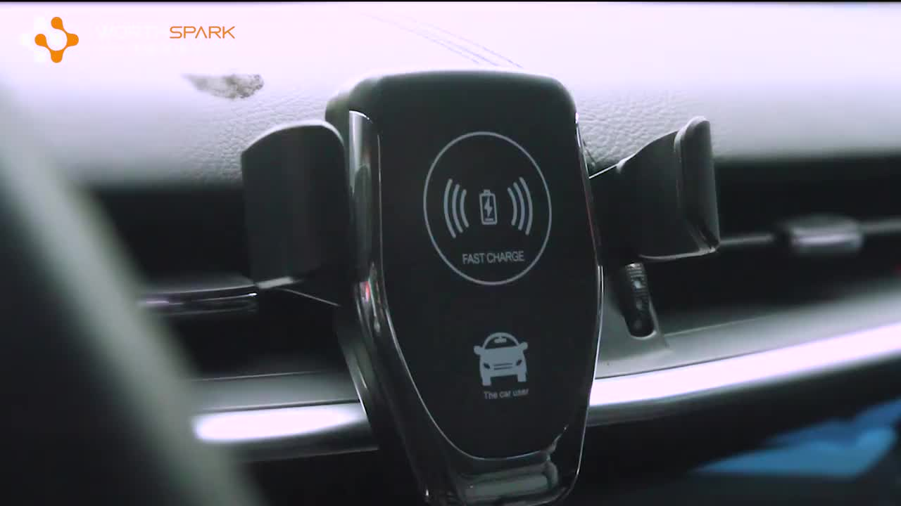 Car Mount Mobile Phone Charger Bracket Stand Air Vent Magnetic Cell Phone Holder And Charger