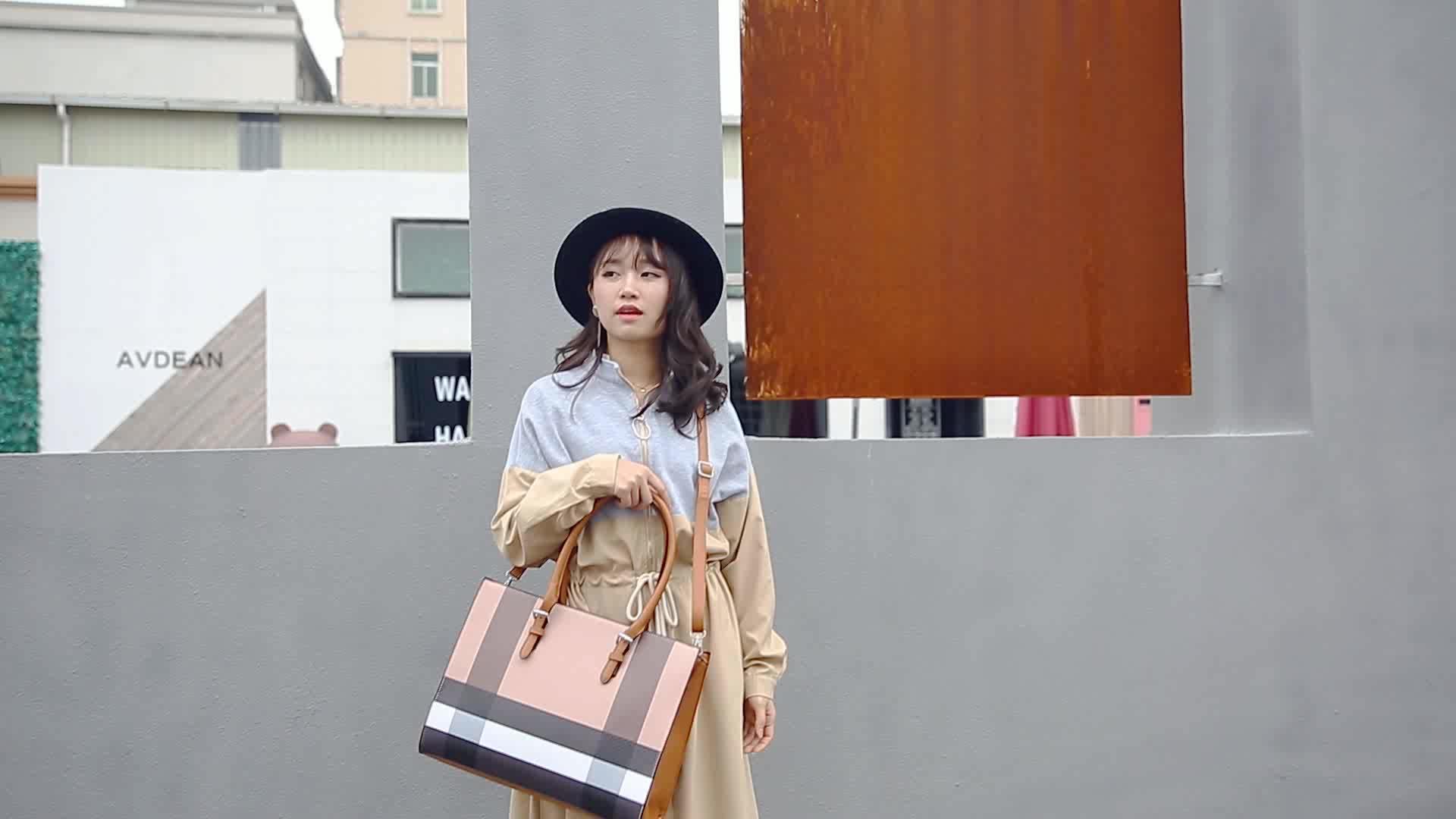 มีสต็อกพิมพ์รูปแบบ checkered ใช้ยี่ห้อ designer ที่กำหนดเอง pu หนัง high end ผู้หญิงอย่างเป็นทางการกระเป๋าถือสำหรับสุภาพสตรี