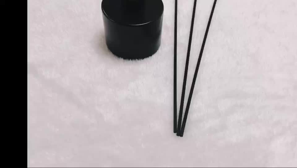 Black And White Color 3mmD*19cmL NEW Product Eco-friendly Oil Absorb Fiber Sticks