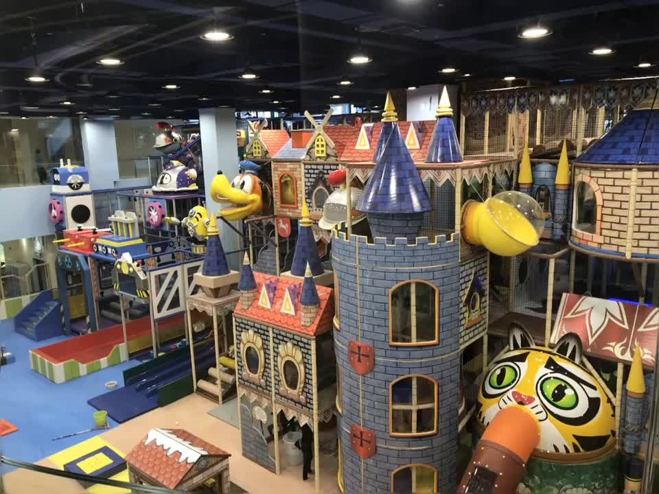 Professional Hottest Shopping Mall Wood Indoor Playground Equipment For Sale