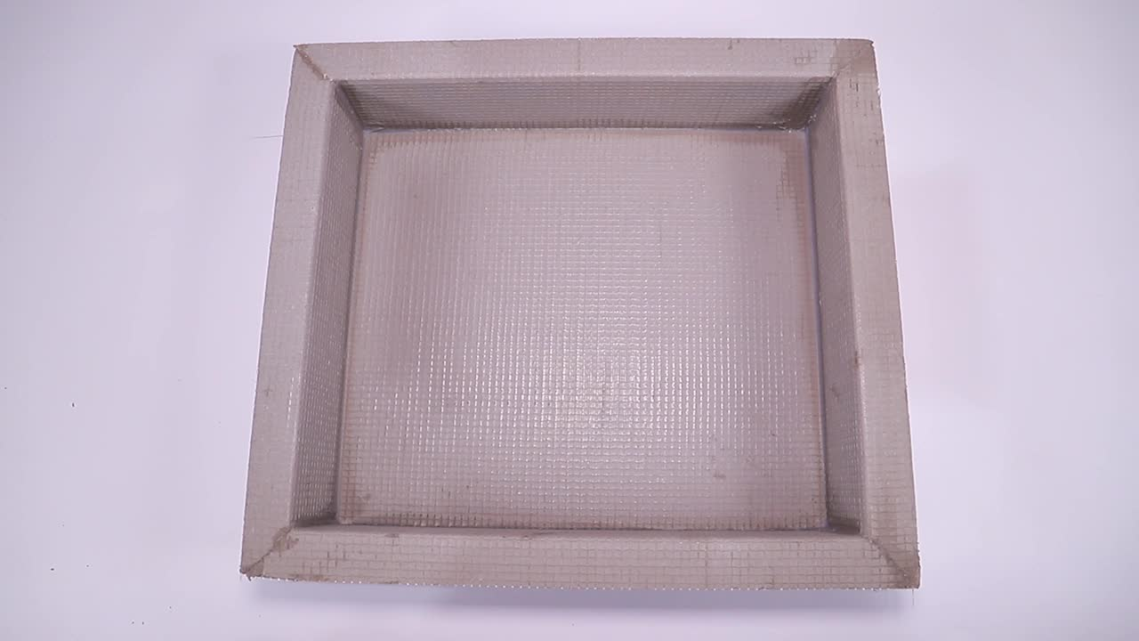Wall shower box for shampoo and soap shower niche